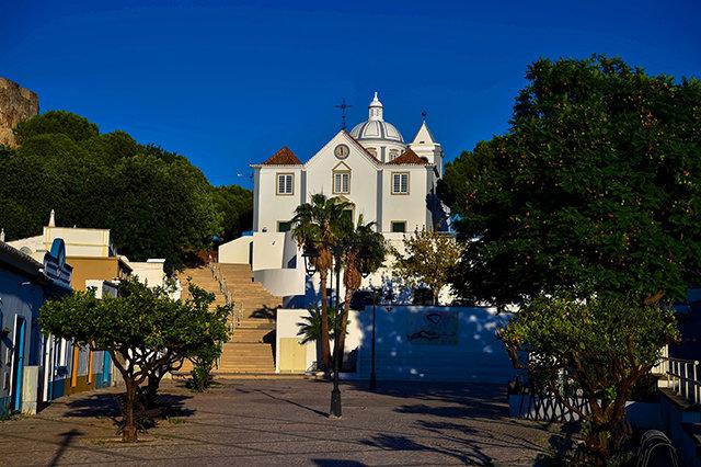 Monte Gordo, um paraíso para veraneio,  a 322 quilômetros de Lisboa - Gente de Opinião
