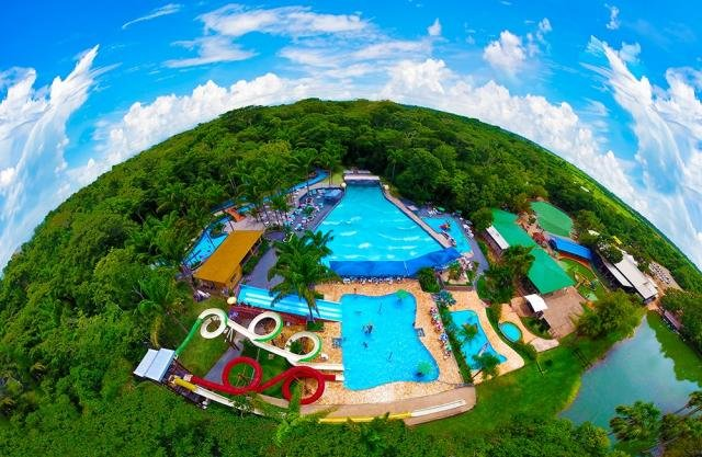 Parques aquáticos são opções para amenizar o calor - Gente de Opinião