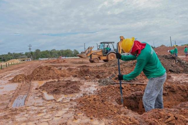 A terraplanagem já está em andamento como parte da primeira etapa da obra - Gente de Opinião