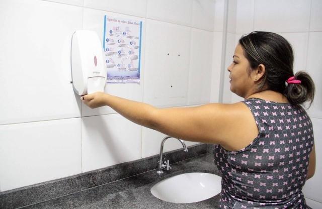 A higienização correta das mãos faz parte das medidas de prevenção à doença - Gente de Opinião