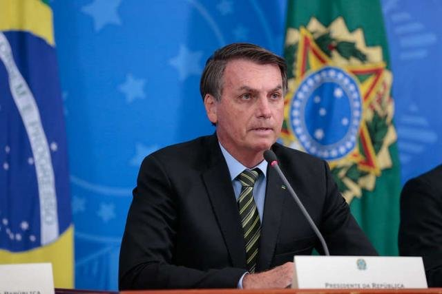 Presidente Bolsonaro revoga artigo que suspendia contrato de trabalho - Gente de Opinião