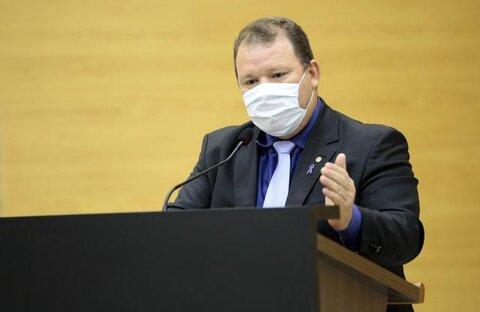 Deputado Dr. Neidson anuncia início das obras de modernização do Estádio Municipal João Saldanha
