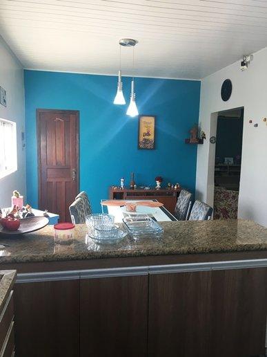 Sala de refeições integrada com a cozinha