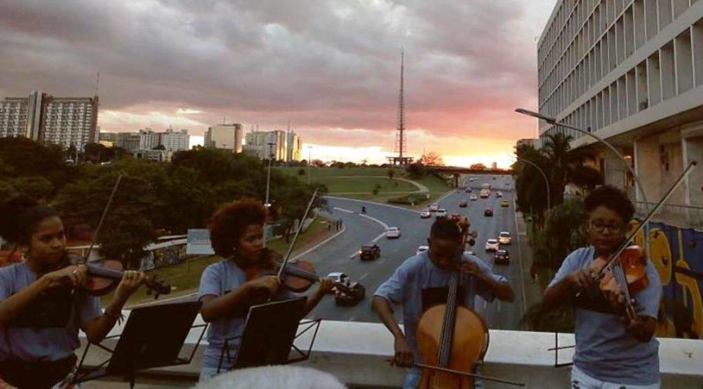 Orquestra de Rua, do Rio de Janeiro - Gente de Opinião