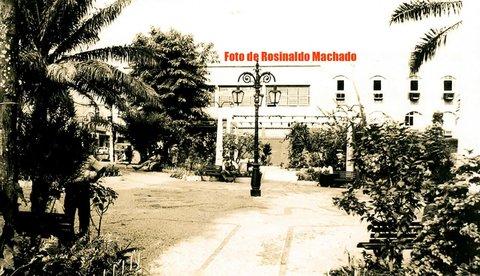 Quem lembra da Praça  Jonathas  Pedrosa de antigamente? Por Rosinaldo Machado