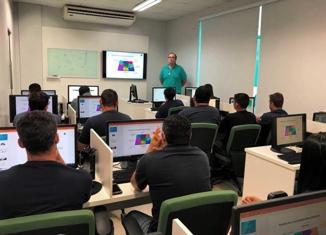 Técnicos da Hidrelétrica Santo Antônio reciclam conhecimento sobre as turbinas da usina - Gente de Opinião