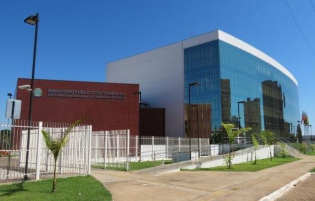 Porto Velho Shopping: CUT noticia ao MPT demissões de trabalhadores com doenças ocupacionais - Gente de Opinião