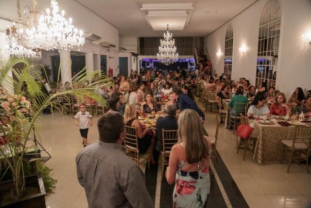 Casa Família Rosetta comemora sucesso do Chá - Gente de Opinião