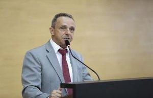 Deputado Lazinho da Fetagro propõe atendimento preferencial à portadores de fibromialgia - Gente de Opinião