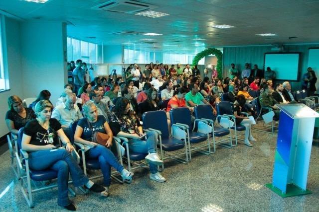 Funcionários da Sedam e convidados participam do lançamento do Junho Verde, na Escola de Governo - Gente de Opinião
