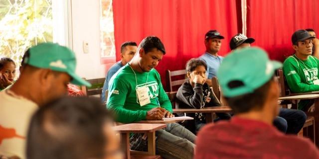 Participantes compartilharam experiências e debateram estratégias (Foto: Júlia de Freitas) - Gente de Opinião