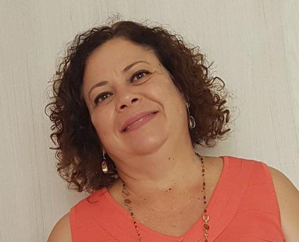 Julia Esther Castro França - Gente de Opinião