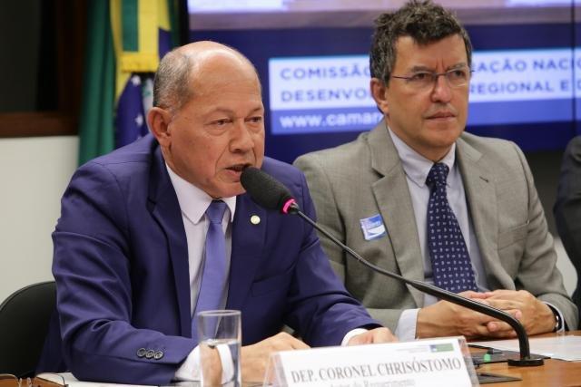 Coronel Chrisóstomo propõe isenção de taxa de renovação de CNH para idosos - Gente de Opinião