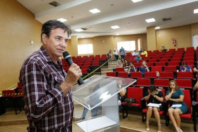Dr. Luiz Carlos Pimentel Alves, presidente da Clínica de Repouso Beneficente Jesus de Nazaré - Gente de Opinião