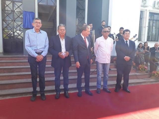 Ex-prefeitos presentes: Sebastião Valadares, João Coelho, Carlos Camurça e José Guedes. No meio, o atual Hildon de Lima Chaves - Gente de Opinião
