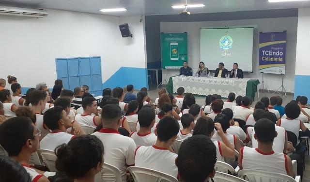 TCE retoma TCEndo Cidadania e anuncia que aplicativo Opine aí vai avaliar qualidade dos serviços prestados pelas escolas de Rondônia - Gente de Opinião
