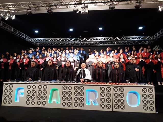 Um verdadeiro sucesso a noite de celebração dos formandos da Faro - Gente de Opinião