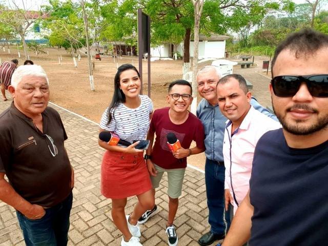 Os repórteres Diego Araújo – Dieguinho, Isabelle Lima e o cinegrafista Gustavo Grijó do Canal Amazonsat - Gente de Opinião