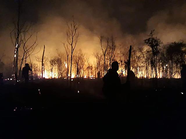 Hoje, as Forças Armadas convocadas pelo governo que rejeita apoio do Fundo Amazônia, têm que se desdobrar para conter o fogo     - Gente de Opinião