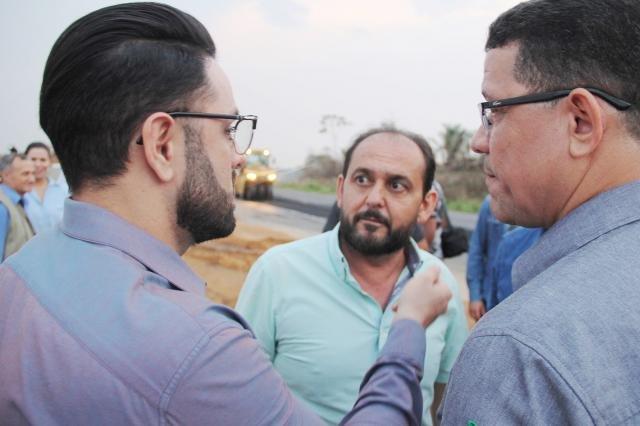 Presidente Laerte Gomes e governador Marcos Rocha visitam obras do Anel Viário de Ji-Paraná - Gente de Opinião