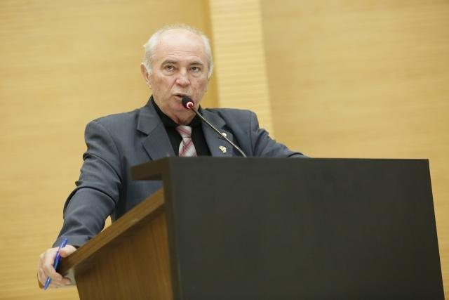 Lebrão pede a obrigatoriedade da presença de psicólogos em escolas públicas em Rondônia - Gente de Opinião