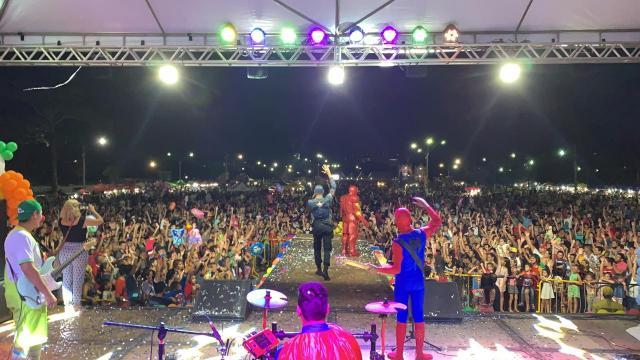 Prefeitura de Porto Velho reúne público estimado em 80 mil, no Parque de Exposição - Gente de Opinião