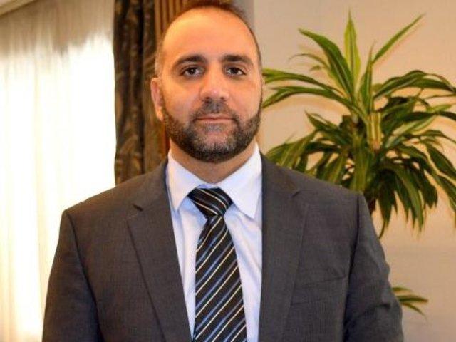 Médico Aref Muhieddine - Gente de Opinião