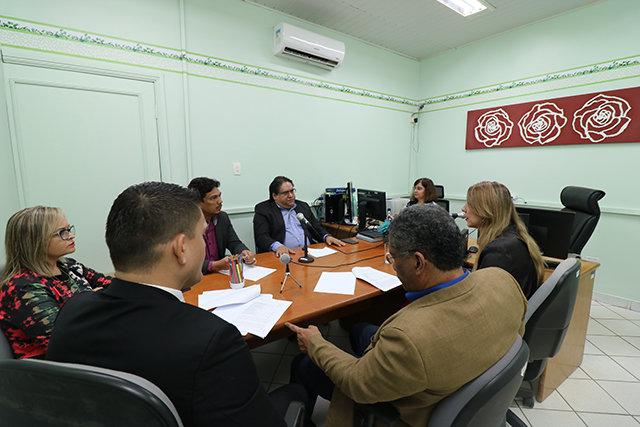 Justiça acata integralmente pedido do MP e serviço de transporte escolar terrestre voltará a ser de responsabilidade do município de Porto Velho - Gente de Opinião
