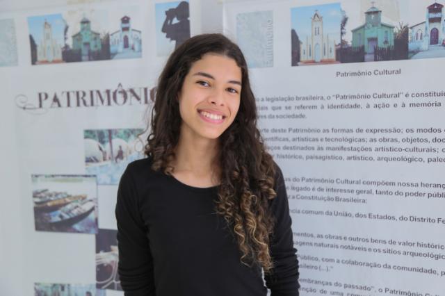 Isabelle Rodrigues - Gente de Opinião