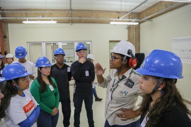 Usina Hidrelétrica Jirau recebe estudantes do ensino médio de capital Porto Velho para visita institucional  - Gente de Opinião