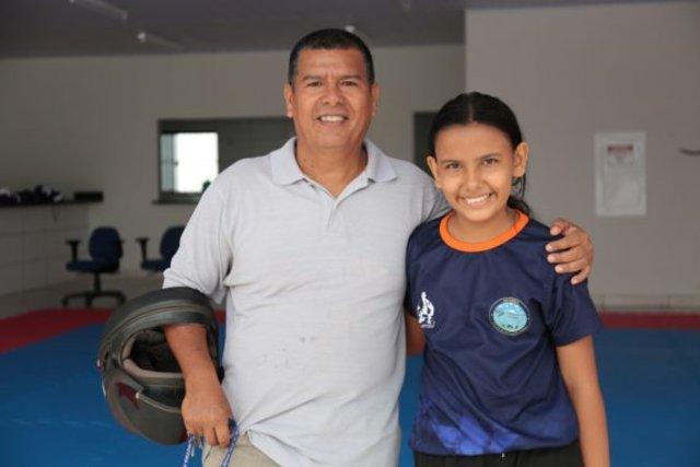 Seu Abile diz ser grato ao projeto que está ajudando no bom rendimento da filha - Gente de Opinião