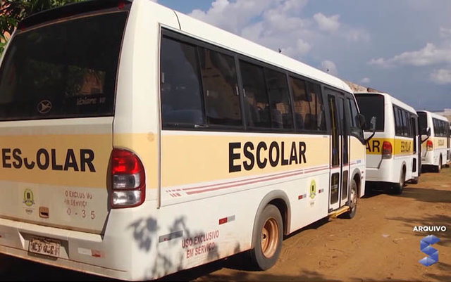 Empresa responsável pelo transporte rural retirou os ônibus de circulação - Gente de Opinião