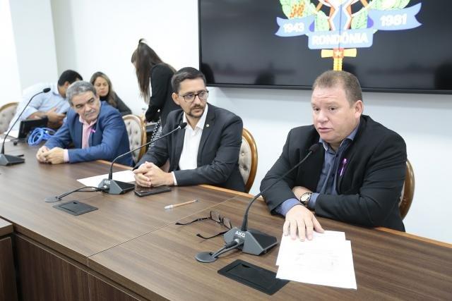 Deputado Dr. Neidson denúncia operações em portos clandestinos em Guajará-Mirim - Gente de Opinião