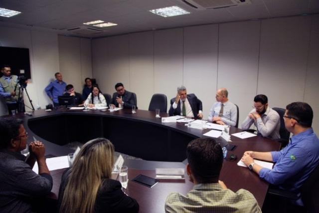 Governo de Rondônia define encaminhamentos para celeridade aos processos de transposição dos servidores do Ex-território - Gente de Opinião
