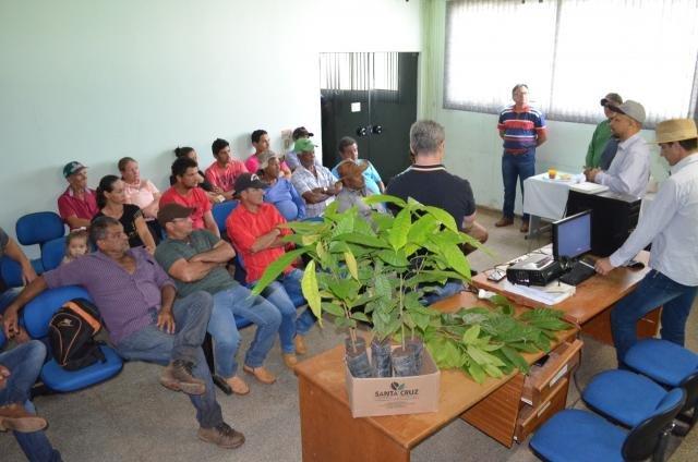 Agricultores de Alta Floresta participam de capacitação oferecida pela Semagri de Rolim sobre Cacau  - Gente de Opinião