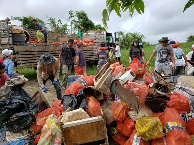 Mais de 2 toneladas de lixo são retiradas do Rio Machado - Gente de Opinião
