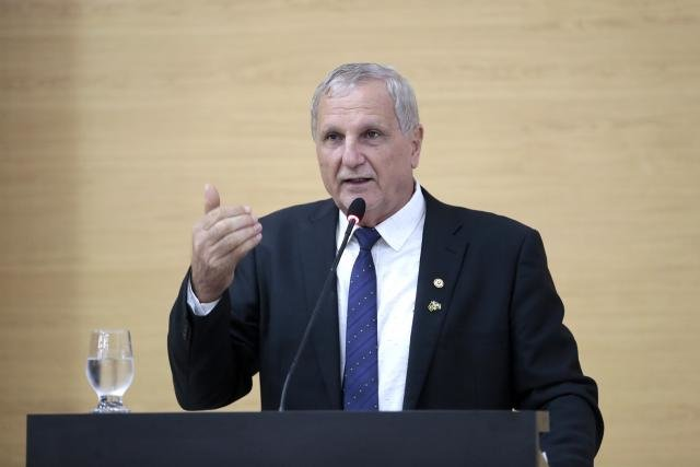 Adelino Follador parabeniza presidente Bolsonaro por obra na BR-319 - Gente de Opinião