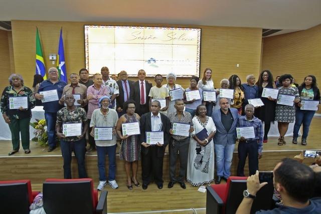 Sessão Solene marcou a entrega da honraria a 30 homenageados, no Dia da Consciência Negra - Gente de Opinião