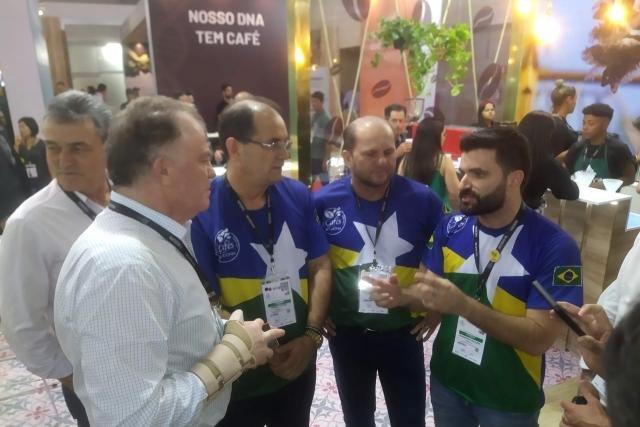O sucesso da cafeicultura serve de referência para outras cadeias produtivas, defende deputado Cirone Deiró - Gente de Opinião