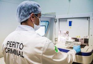 Peritos oficiais criminais da Polícia Técnico-Científica de Rondônia identificaram duas armas empregadas em cinco homicídios - Gente de Opinião