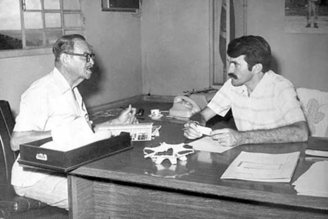 Odacir Soares e o engenheiro José Otino de Freitas em 1971 - Gente de Opinião