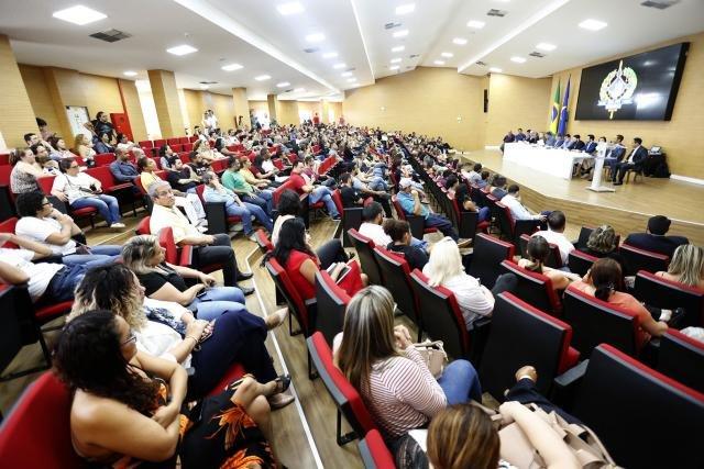 Em reunião na ALE, Governo pede seis meses para estudos do PCCR da saúde e dá aumento de R$ 158 no auxílio alimentação - Gente de Opinião