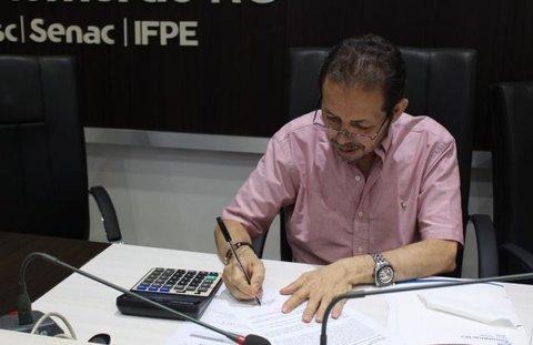 Fecomércio avisa escritórios de contabilidade e empresas da capital e interior de Rondônia para não praticarem reajuste salarial