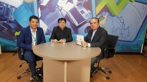 Dr. Aparício Carvalho entrevista  Erik Pinho, Gerente de relacionamento com o mercado,  e com o Professor Luiz Ibanor, vice-diretor da Fimca