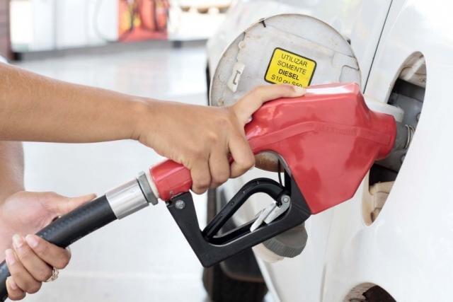 Postos de combustíveis podem estar cometendo prática abusiva - Gente de Opinião
