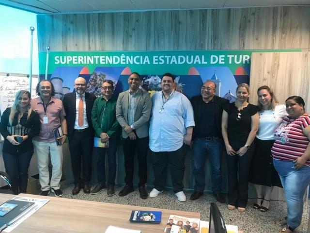 Escola de Samba faz mal a população + Reunião para melhorias no Memorial Rondon + Bloco Pirarucu do Madeira está pronto - Gente de Opinião