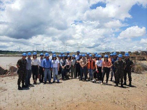 Hidrelétrica Santo Antônio informa lideranças de Porto Velho sobre a segurança da barragem