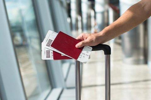 Cinco maneiras de ganhar descontos em passagens de avião