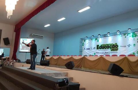 Fórum de Educação com participação de Leandro Karnal tem apoio do Sebrae