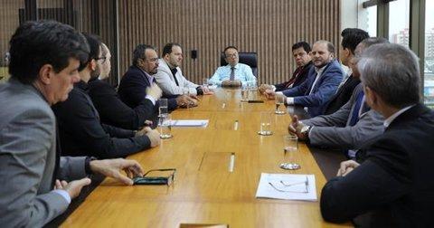 Deputados da Comissão Parlamentar de inquérito visitam o TJRO